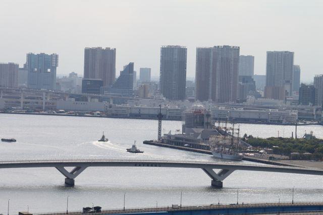 日本丸、晴海に寄港中