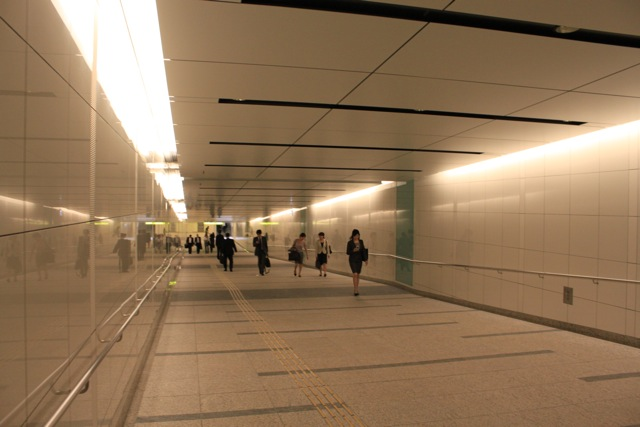 豊洲駅、新出入口「1c」開通